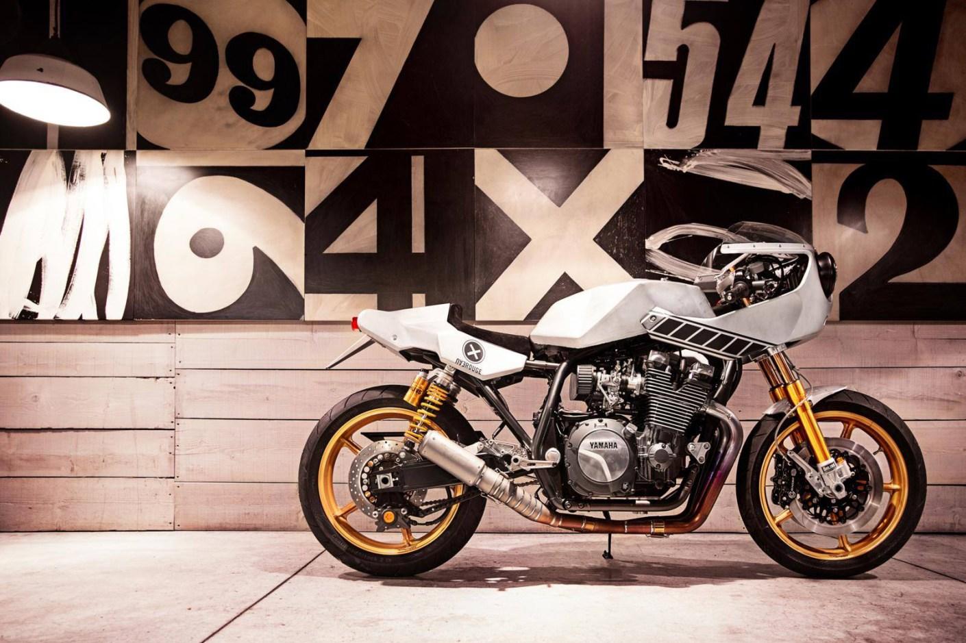 """Image of Yard Built Yamaha XJR1300 """"Eau Rouge"""" by Deus Ex Machina Italy"""