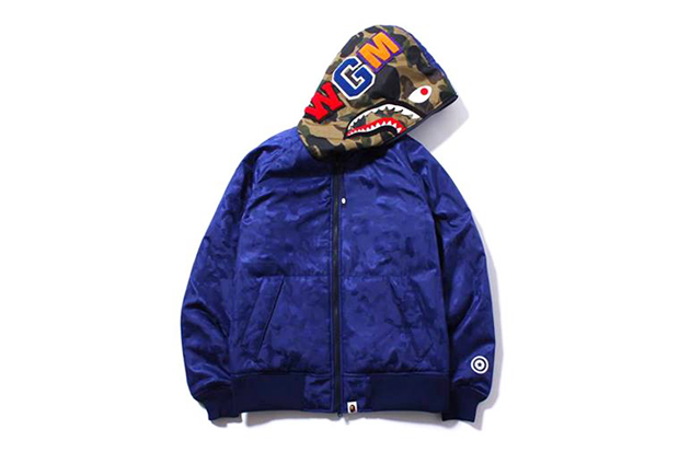 Image of A Bathing Ape SHARK HOODIE PADDED JACKET
