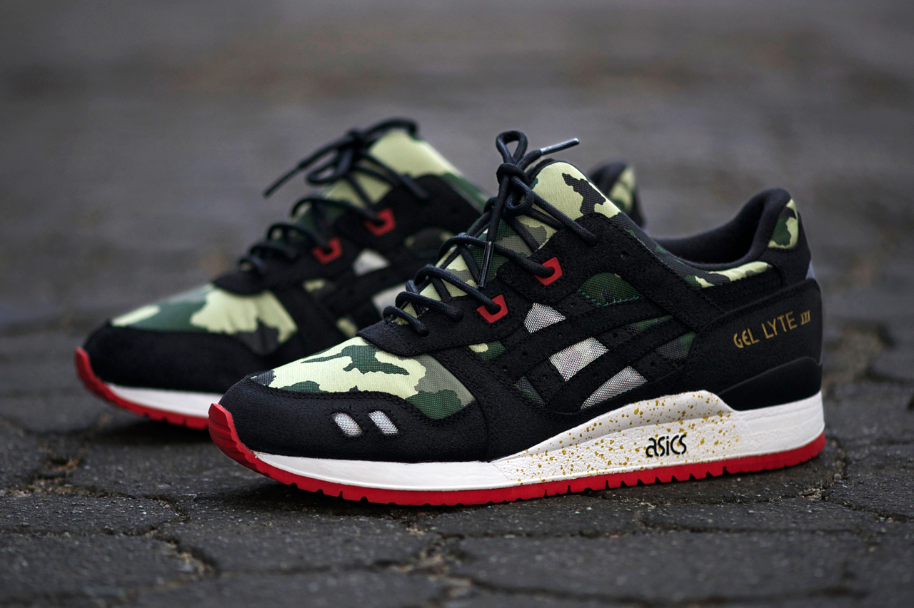 http://i0.wp.com/hypebeast.com/image/2013/12/an-exclusive-look-at-the-bait-x-asics-gel-lyte-iii-basics-model-001-vanquish-1.jpg?w=1410
