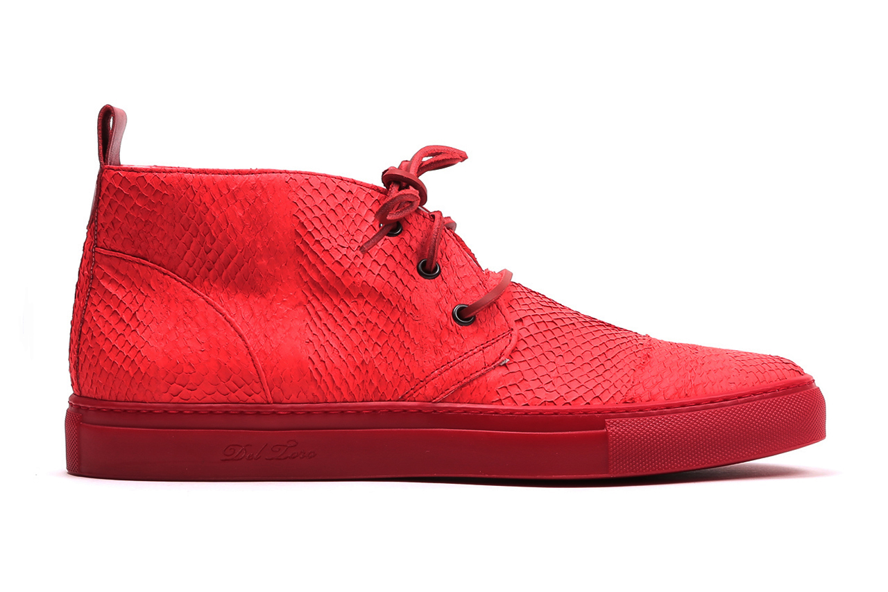 Image of Del Toro Salmon Leather Alto Chukka Collection
