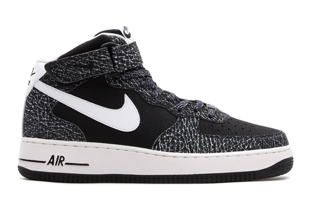 Image of Nike Air Force 1 Mid '07 Black/White