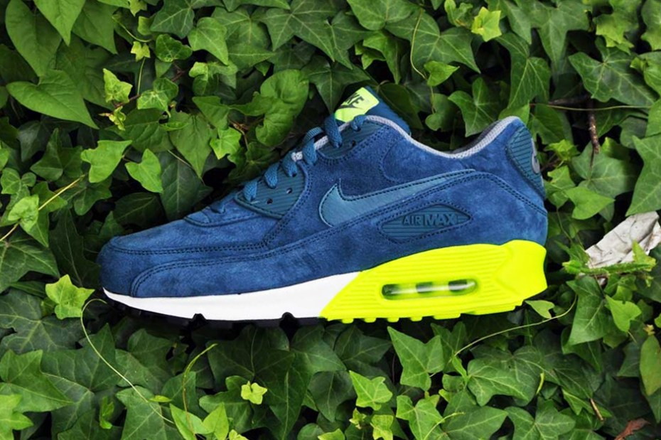 Image of Nike Air Max 90 PRM Navy/Volt