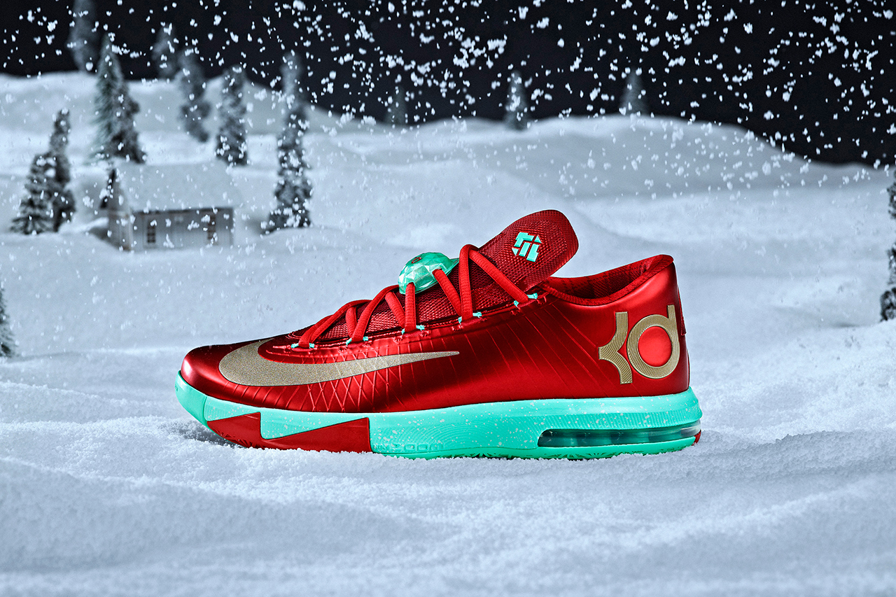 Image of Nike Basketball 2013 Christmas Pack