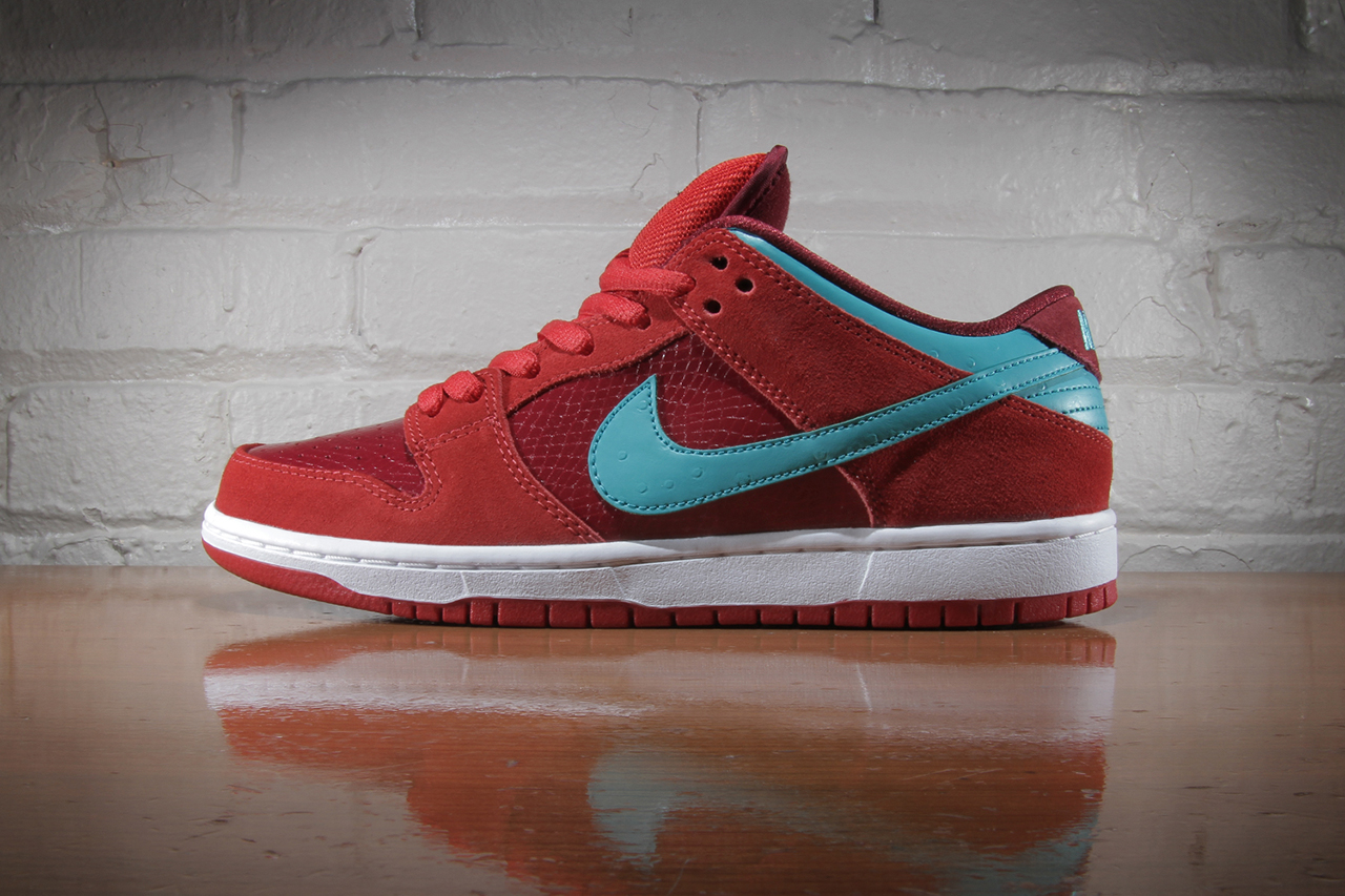 Image of Nike SB Dunk Low Pro Brickhouse/Turbo Green-Team Red