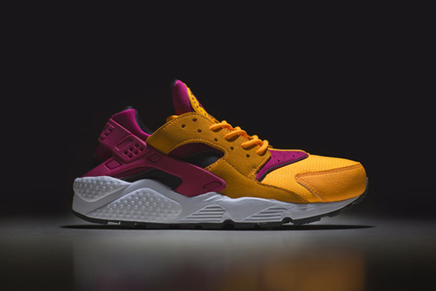 "Image of size? Exclusive Nike Air Huarache LE ""Laser Orange"""