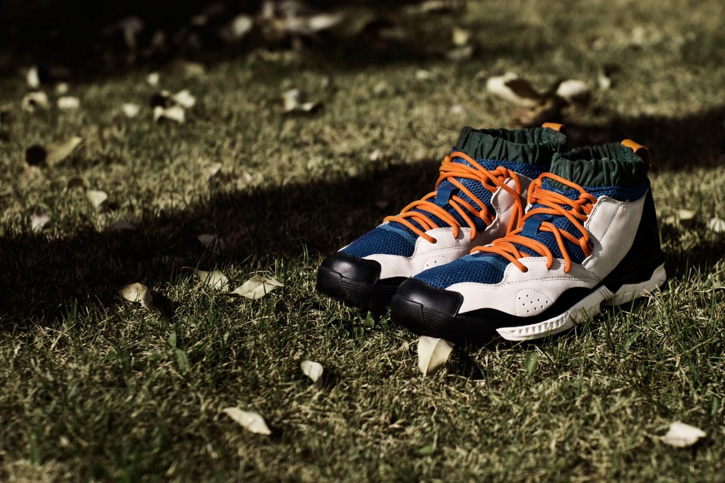 Image of adidas Originals Blue Torsion C.U Black/Bone