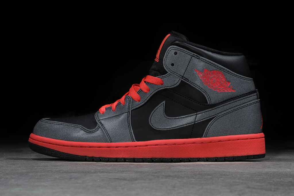 "Image of Air Jordan 1 Mid ""Black Reflective"""