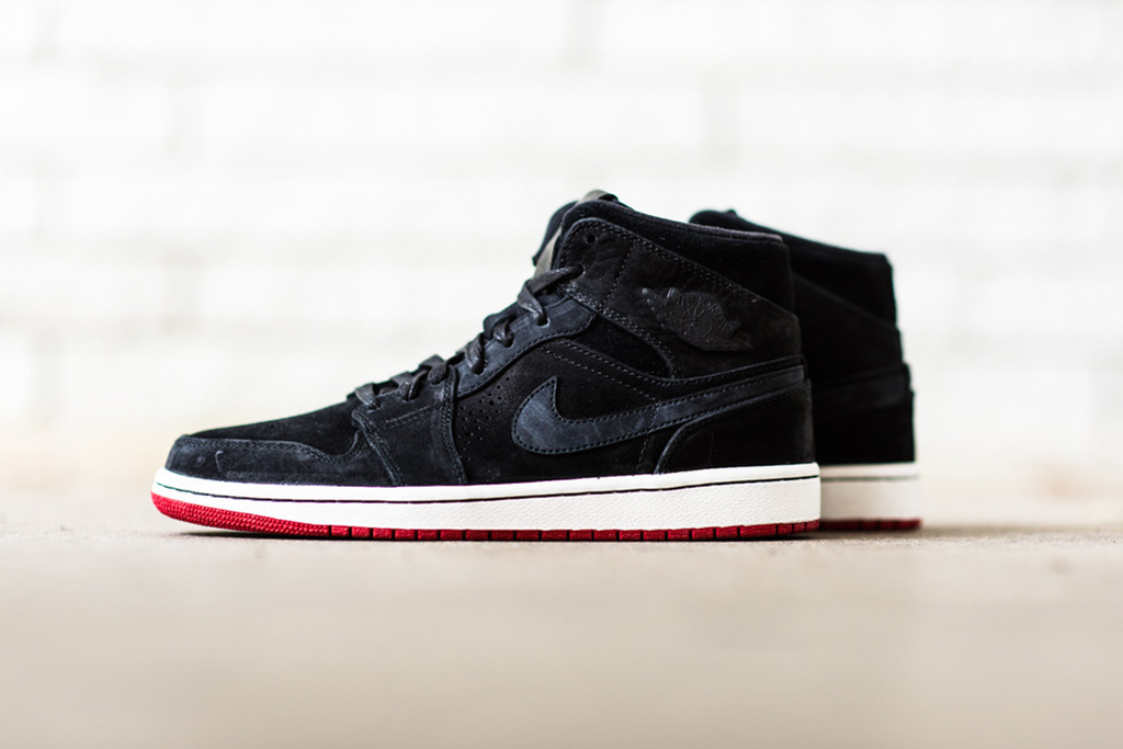 "Image of Air Jordan 1 ""Nouveau"" Pack"