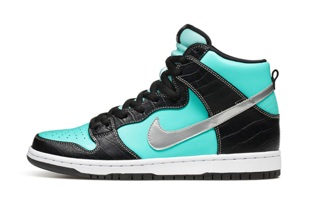 "Image of Diamond Supply Co. x Nike SB Dunk High ""Diamond"""