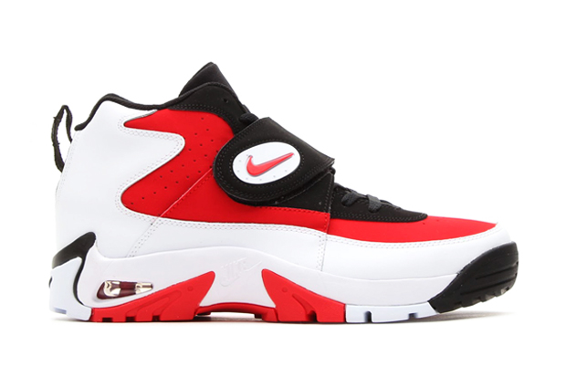 Image of Nike 2014 Air Mission Retro
