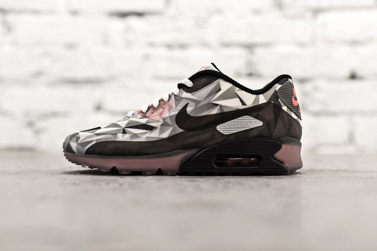 Image of Nike Air Max 90 Ice White/Cool Grey-Black-Infrared