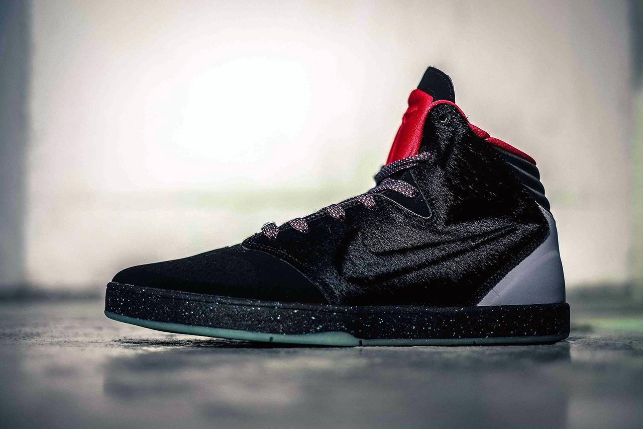 """Image of Nike Kobe 9 Lifestyle """"Year of the Horse"""""""