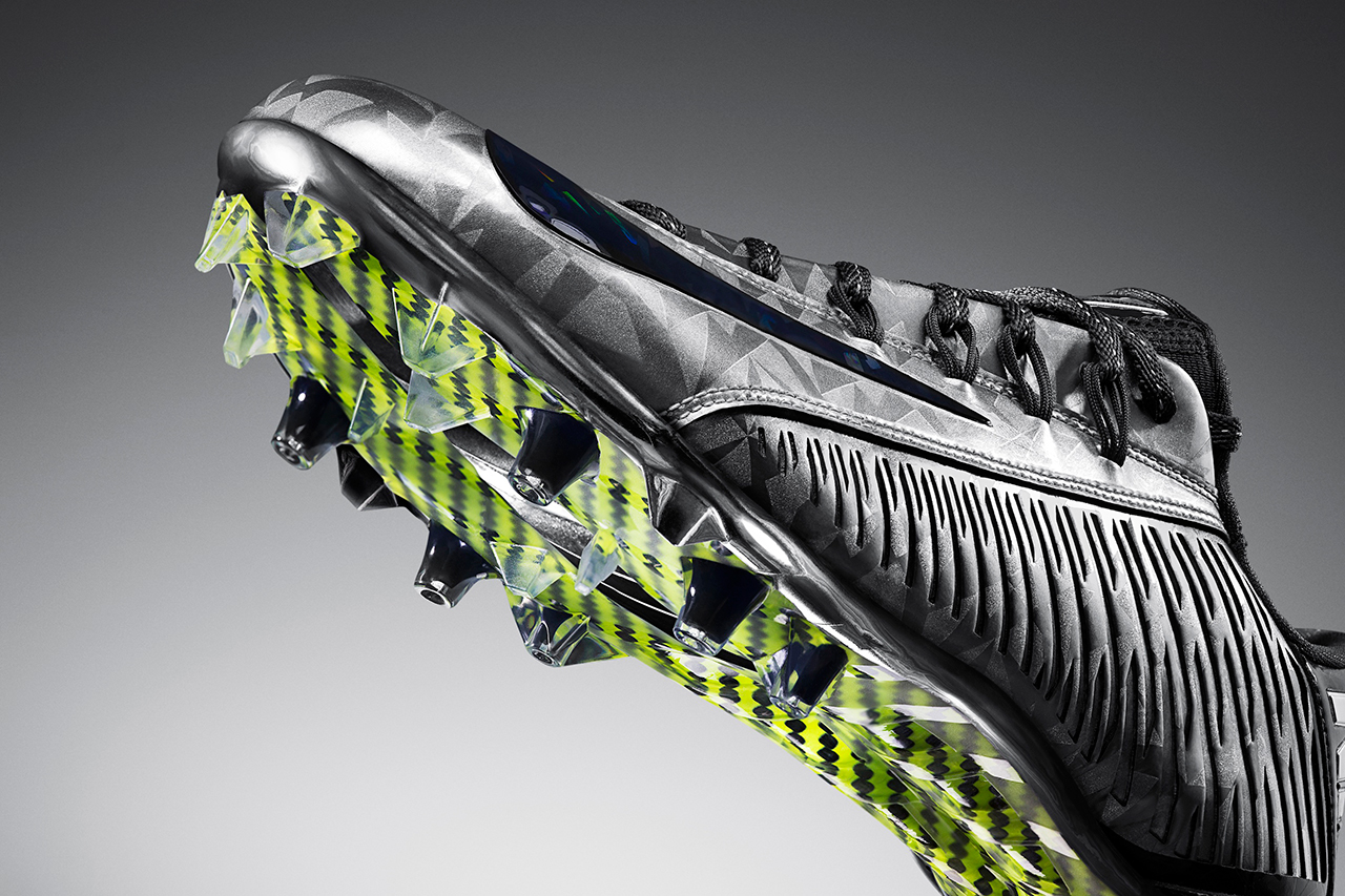 Image of Nike Vapor Carbon 2014 Elite Football Cleat