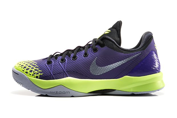 Image of Nike Zoom Kobe Venomenon 4 Court Purple/Volt