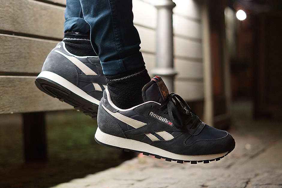Image of Reebok Classic Leather Vintage-Inspired Gravel/Graphite/Sandtrap