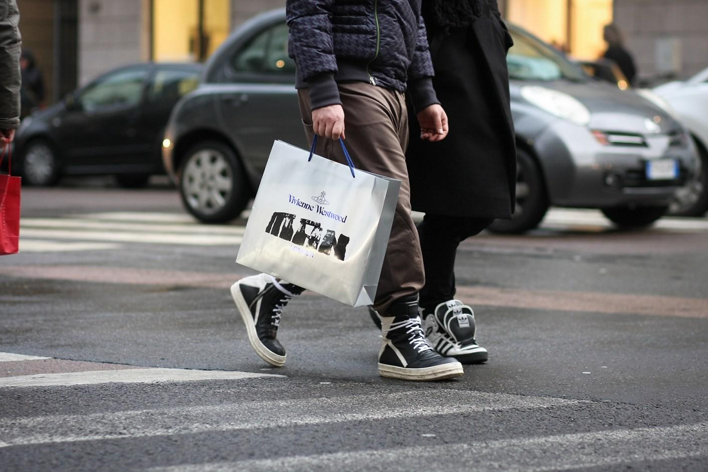 Image of Streetsnaps: Milan Fashion Week Fall/Winter 2014 Part 2