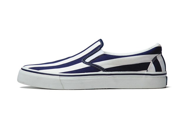 Image of uniform experiment 2014 Spring/Summer SLIP ON SHOES