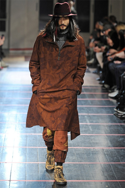 Image of Yohji Yamamoto 2014 Fall/Winter Collection