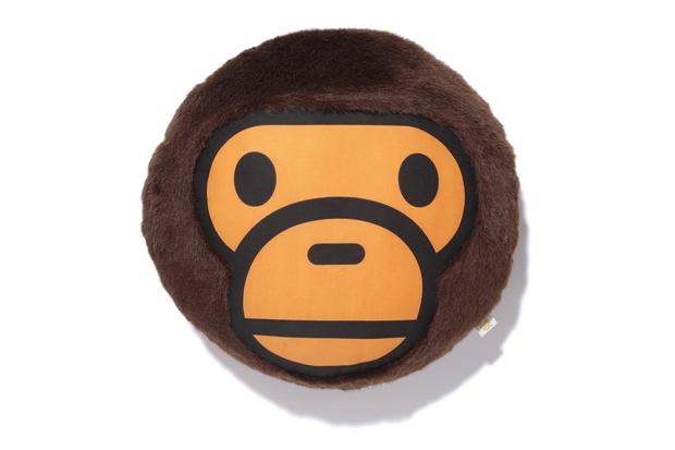 Image of A Bathing Ape MILO FUR CUSHION