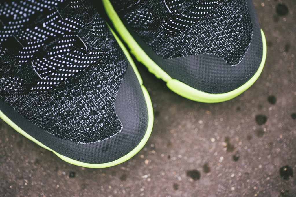 Image of A Closer Look at the Nike Flyknit Chukka Trainer FSB