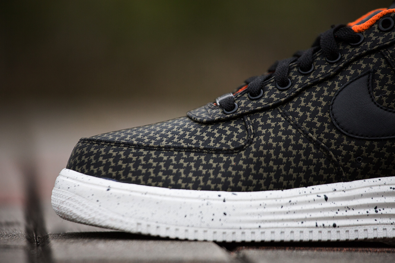 Image of A Closer Look at the Undefeated x Nike 2014 Lunar Force 1 Pack