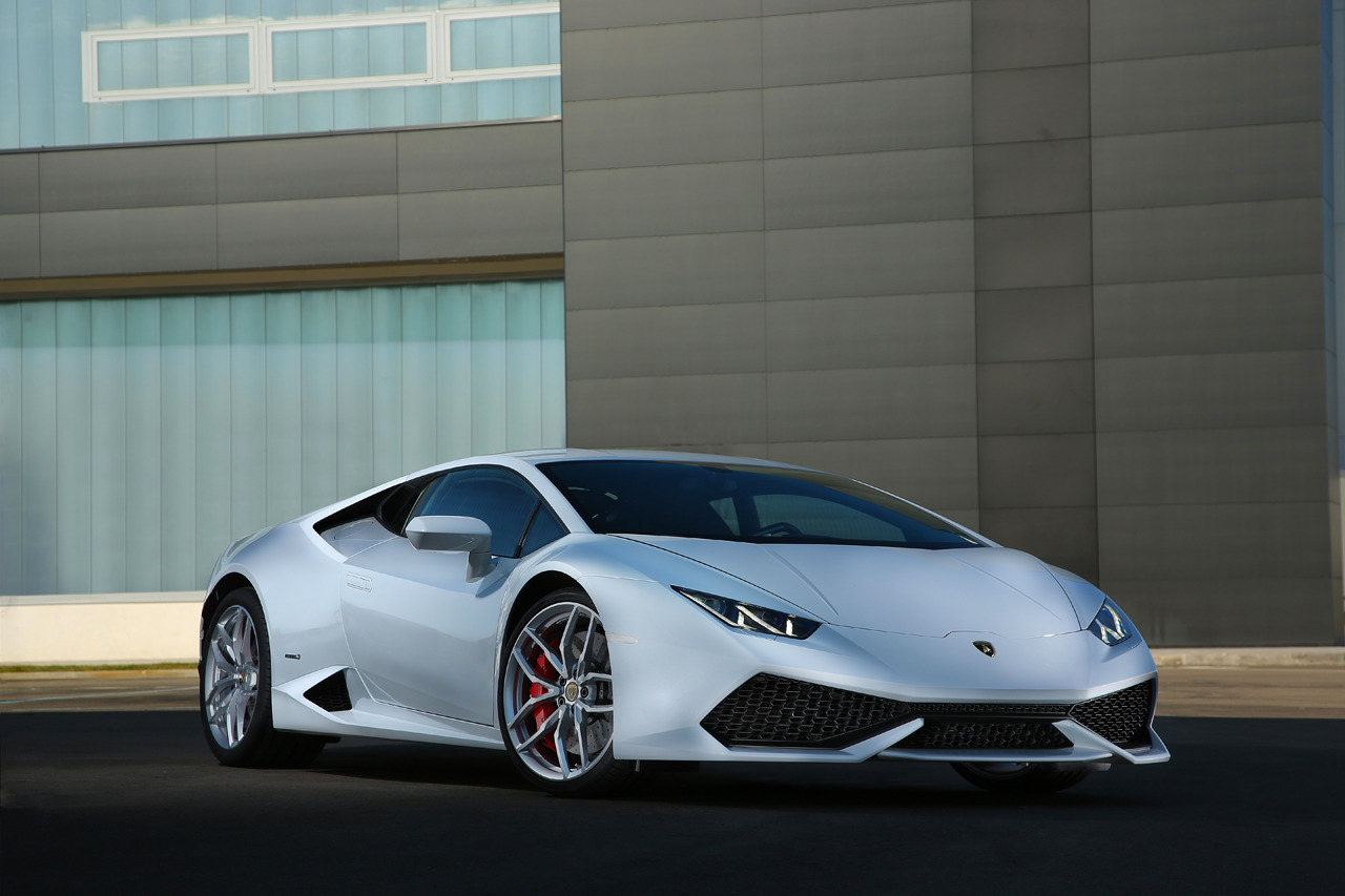 Image of Another Look at Lamborghini's Impressive New Huracán LP 610-4
