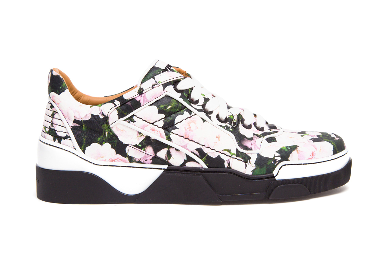Image of Givenchy Tyson Low Top Floral Print