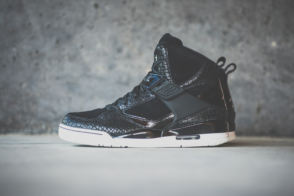 "Image of Jordan Brand ""IP S&S"" Pack"