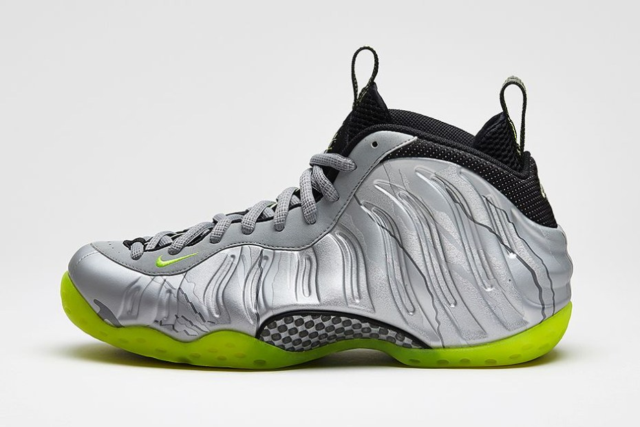 Image of Nike Air Foamposite One Premium Metallic Silver/Volt-Black