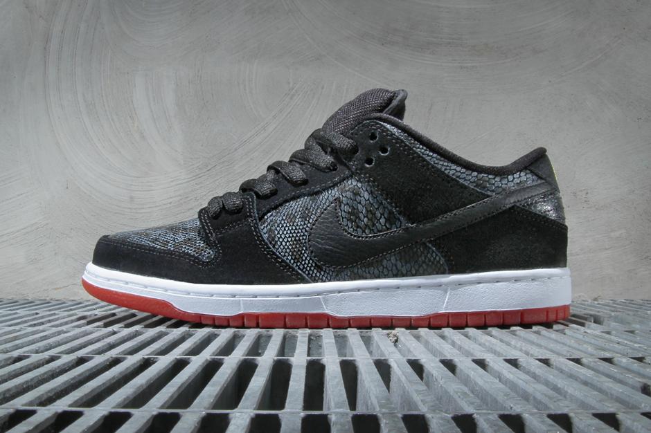 Image of Nike SB Dunk Low Premium Black/University Red-Metallic Gold