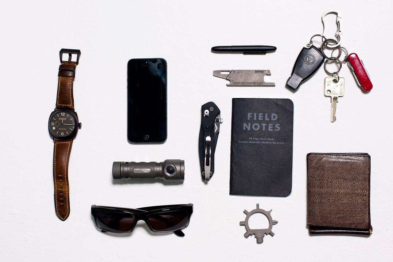 Image of The World of Everyday Carry: Bernard Capulong and Daniel Blake Saltman Breakdown EDC