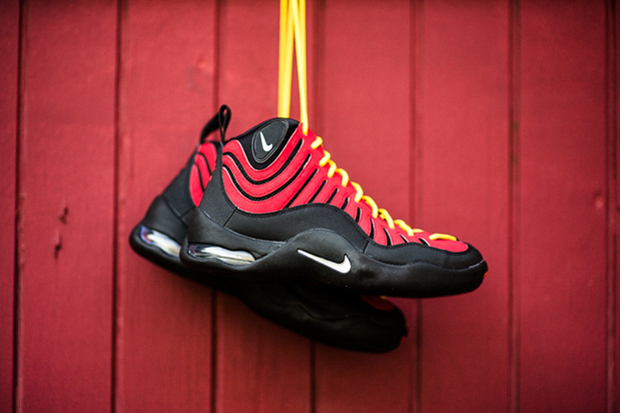 Image of Nike Air Bakin' Varsity Red/Orange Blaze