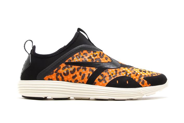 Image of Nike Lunar Restoa