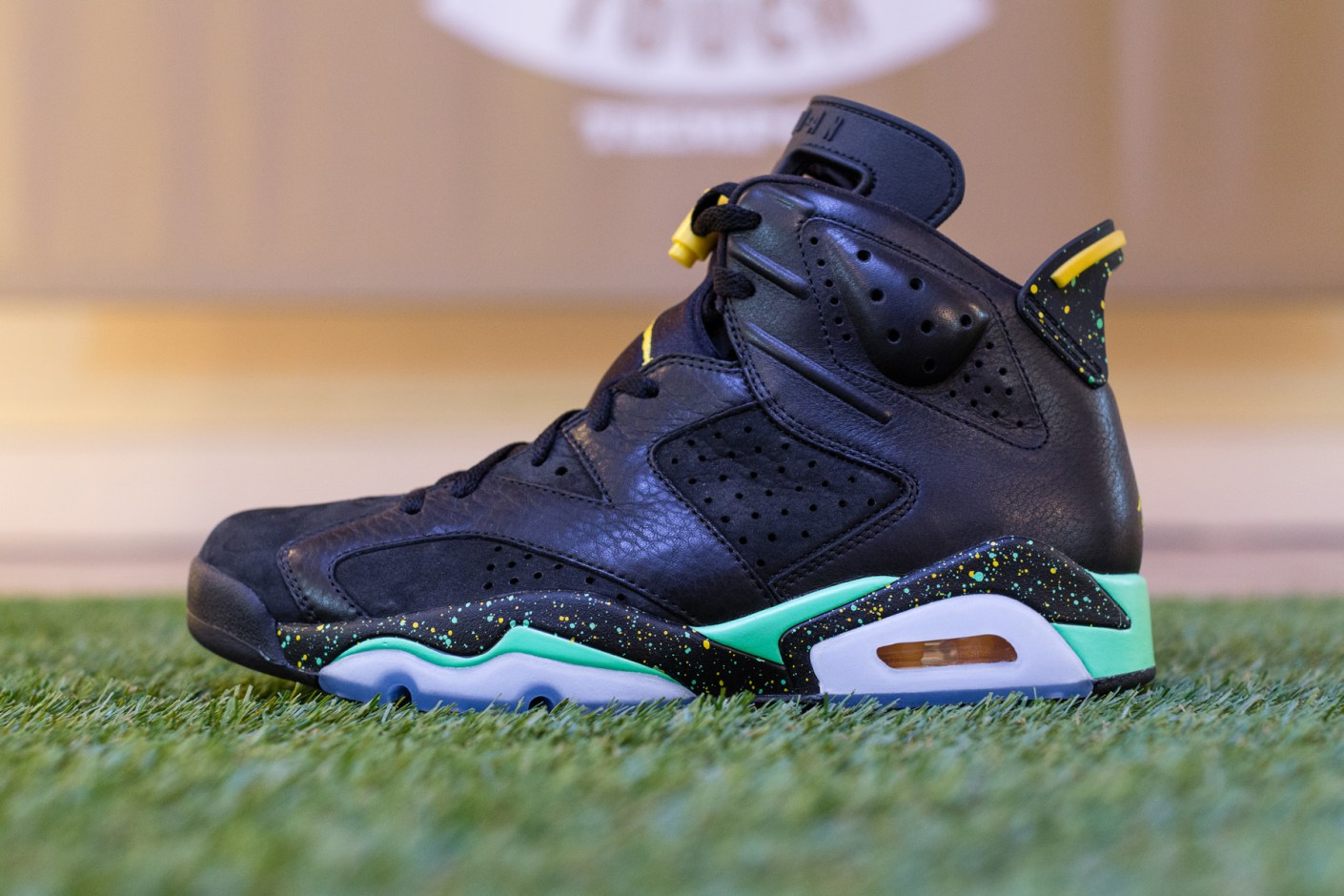 "Image of A Closer Look at the Air Jordan 6 Retro ""World Cup Brazil"""