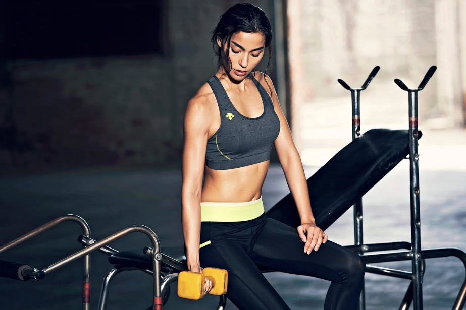 Image of Descente Women's Training 2014 Spring/Summer Lookbook featuring Adrianne Ho