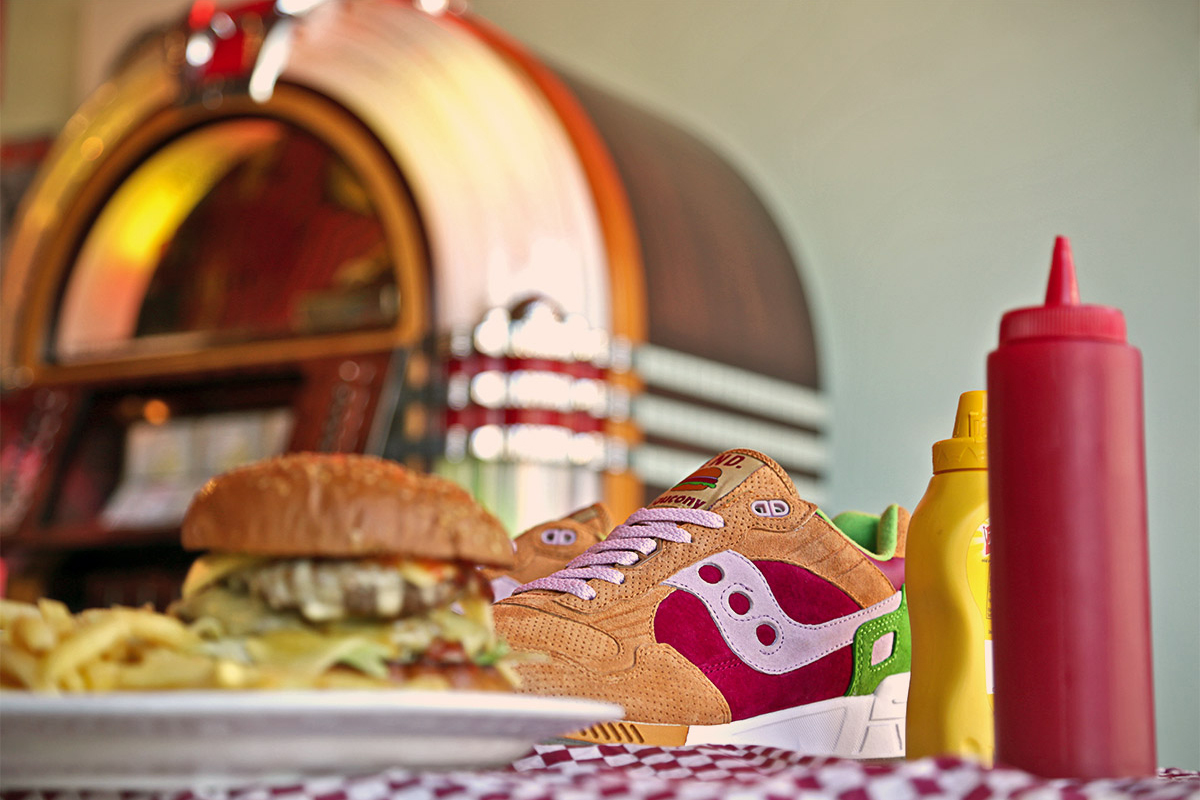 "Image of END. x Saucony Shadow 5000 ""Burger"""