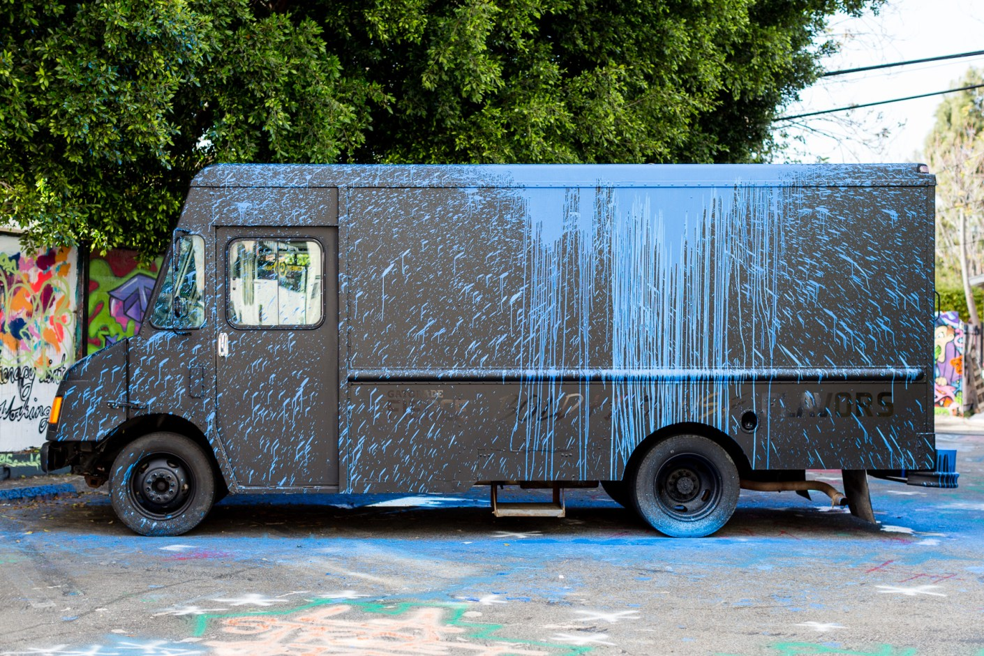 "Image of Krink & Gatorade ""Expression of Bold and Intense Flavors"" Fierce Collective Truck"