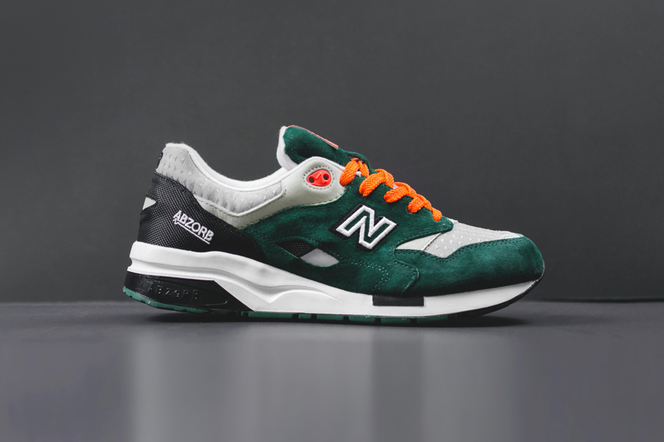 "Image of New Balance CM1600 ""Racing"""