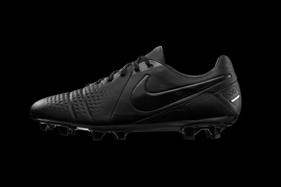 "Image of Nike CTR 360 Limited Edition ""Lights Out"""