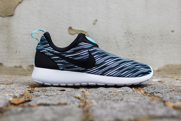 Image of Nike Roshe Run Slip On GPX Black/White