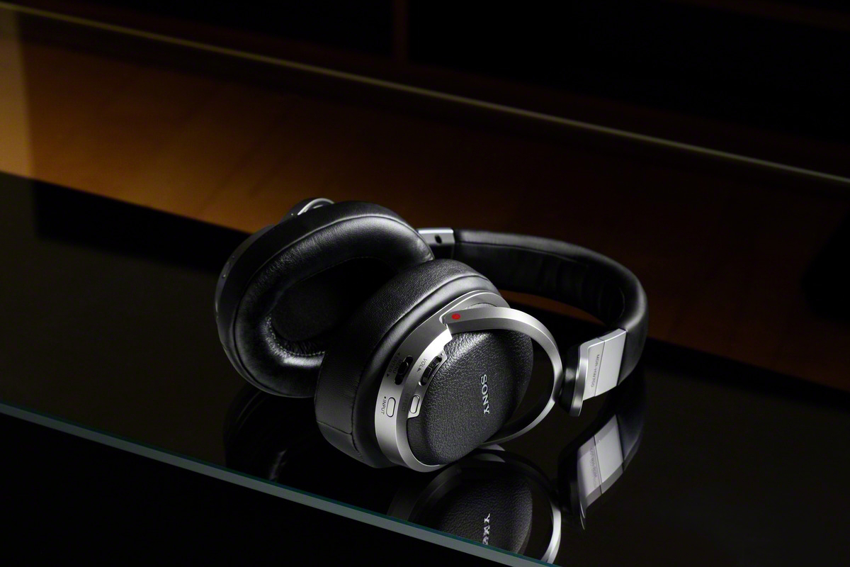 Image of Sony MDR-HW700DS 9.1ch Digital Surround Wireless Headphones