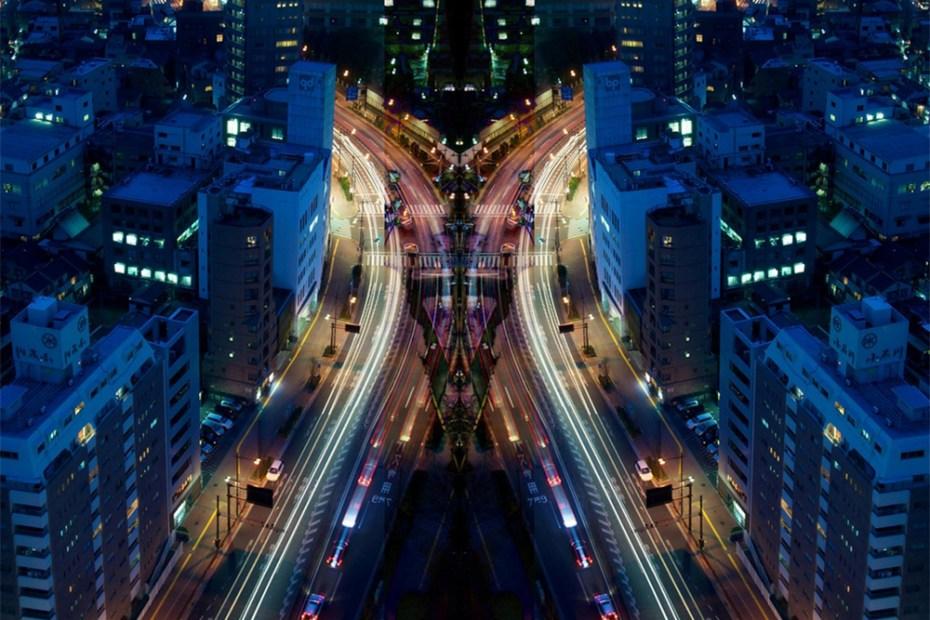 Image of Symmetric Light Photography by Sinichi Higashi