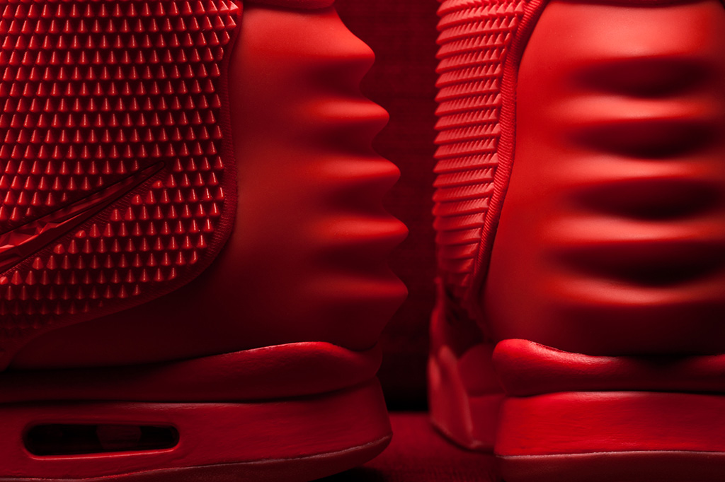 Image of The Sneaker Lab: Looking into the Construction and Quality of the Red Nike Air Yeezy 2
