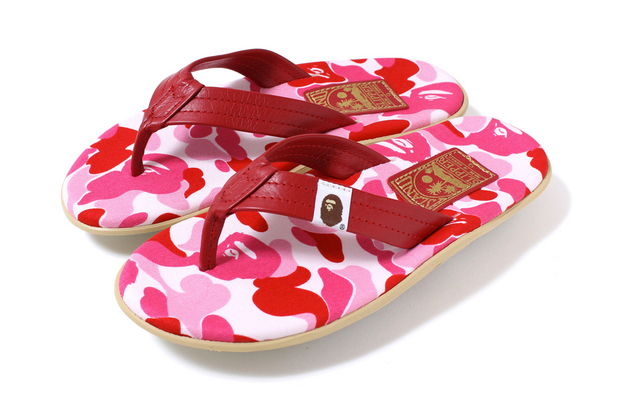 Image of A Bathing Ape x Island Slipper ABC Thong Sandals