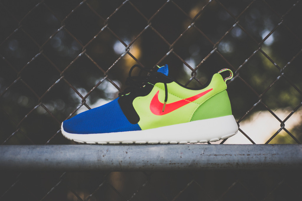 "Image of A Closer Look at the Nike Roshe Run HYP Prem ""Magista"""