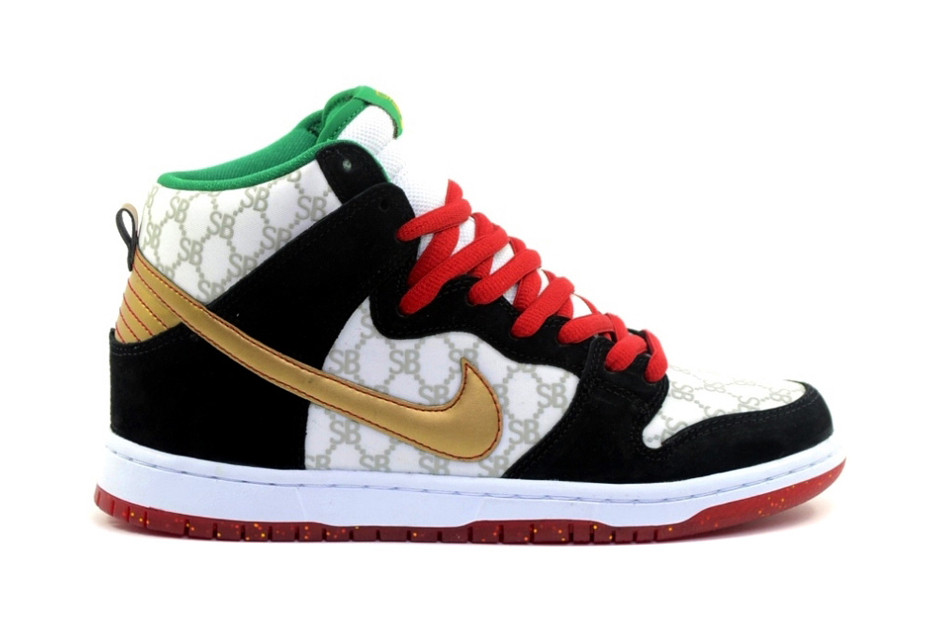 "Image of A First Look at the Black Sheep x Nike SB Dunk High ""Gucci"""