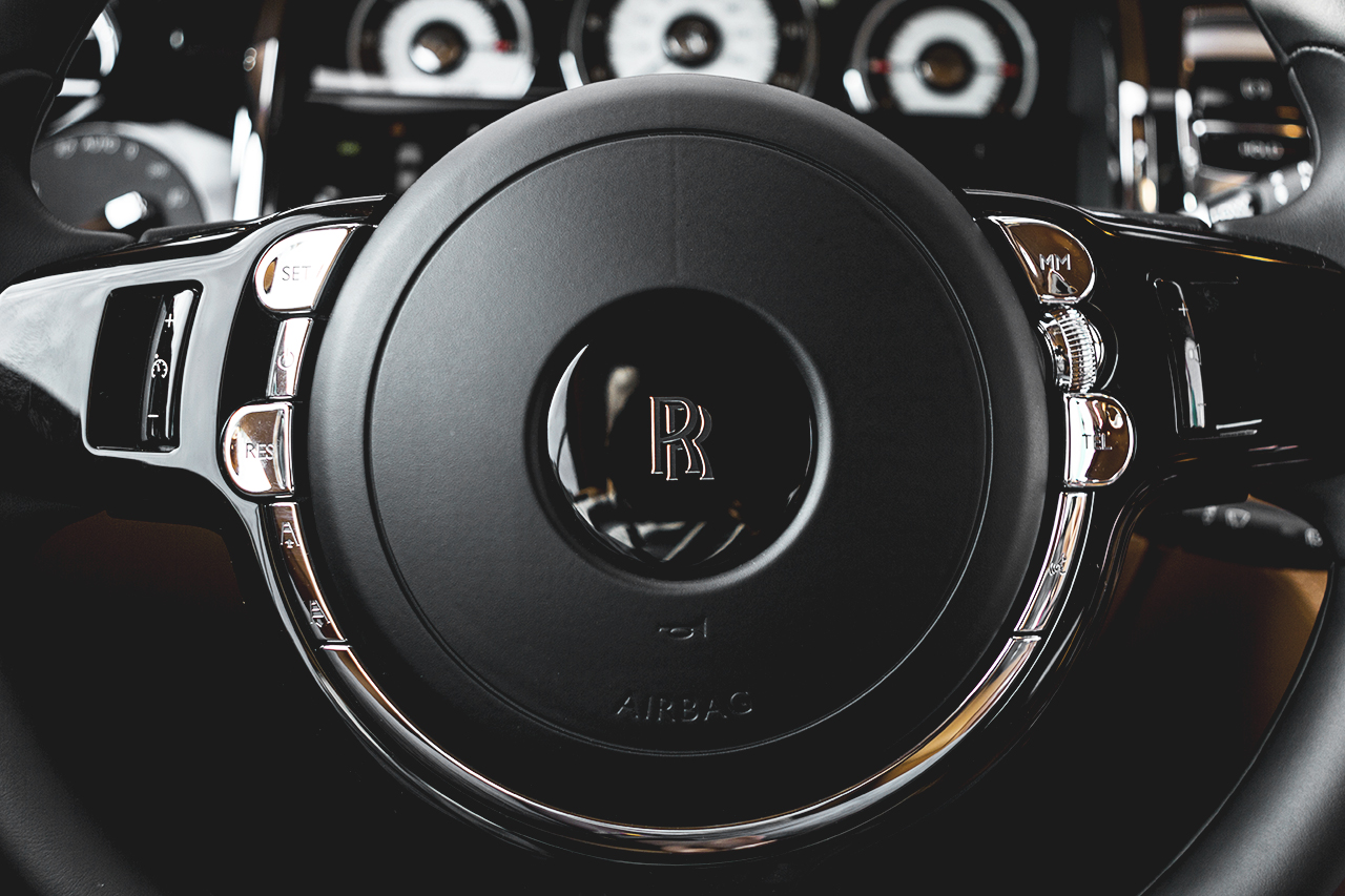 Image of Daniel Woodfield Offers a Closer Look at the 2014 Rolls-Royce Wraith