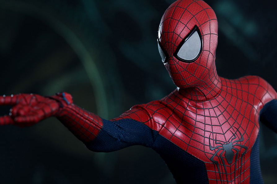 Image of Hot Toys The Amazing Spider-Man 1/6th-Scale Collectible Figure