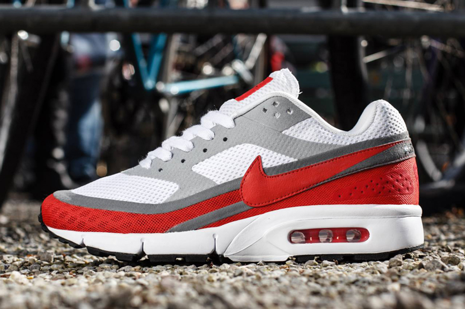 Image of Nike Air Classic BW Breathe White/Light Crimson-University Red