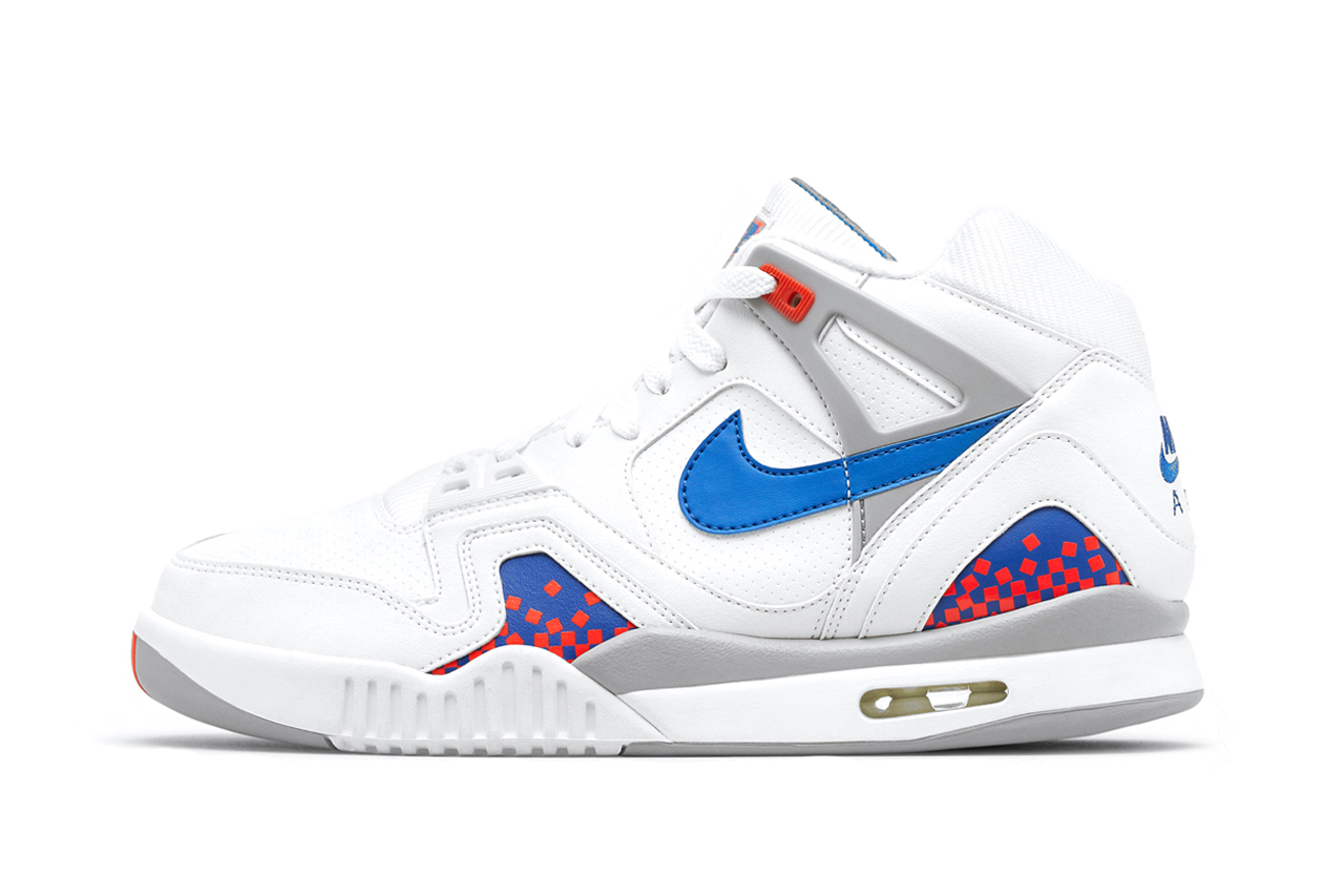 "Image of Nike Air Tech Challenge II ""Backhand"""